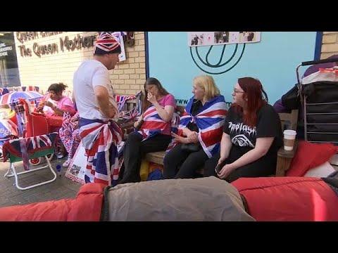 البريطانيون يحتفلون بمولد الأمير الجديد على طريقتهم  - نشر قبل 2 ساعة