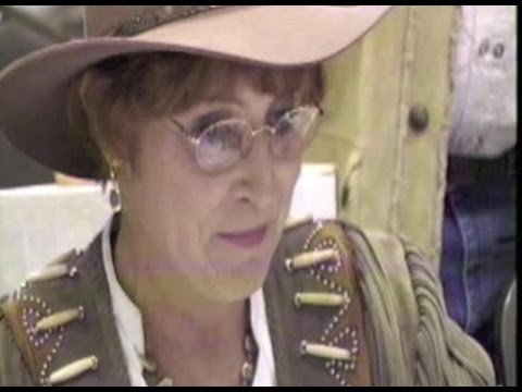 MELODY PATTERSON joins 'F TROOP' costars KEN BERRY & LARRY STORCH at Hollywood Collectors