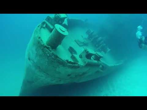 Diving the USS Kittiwake Wreck, Grand Cayman