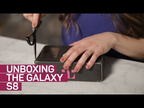 Unboxing the Samsung Galaxy S8 (Orchid Gray)