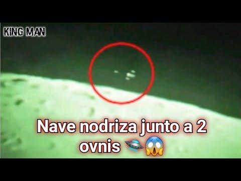 Nave Nodriza volando más allá de la Luna junto a 2 ovnis ??