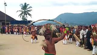 Tarian Caci manggarai, Pora desa tentang