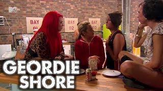 Geordie Shore | Vicky Vs Holly!! | MTV