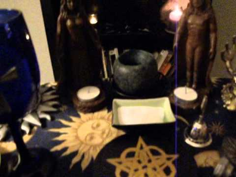 How to set up your Altar - Wicca for Beginners