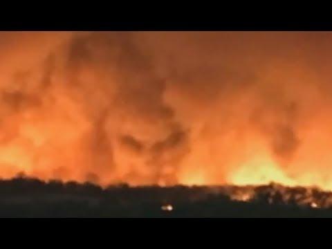 Лицо дьявола в огне пожаров Австралии