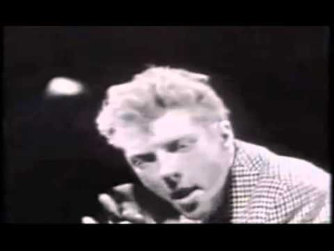 The Trashmen - Surfin Bird - Bird is the Word 1963 (RE-MASTERED) (ALT End Video) (OFFICIAL VIDEO) music