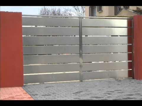 Fabricacion y dise o puertas de acero inoxidable murcia for Puertas de diseno