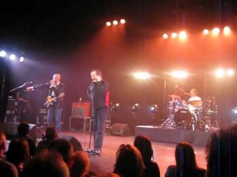 De Kreuners - Ik Dans Wel Met Mezelf - Live 2012 - Heist Op Den Den Berg