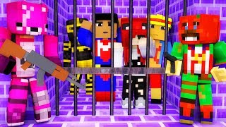 YOU CAN GET ESCAPE FROM FORTNITE'S PRISON IN MINECRAFT ???