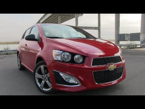2014 chevy sonic turbo 0 60 mph drive and review doovi. Black Bedroom Furniture Sets. Home Design Ideas