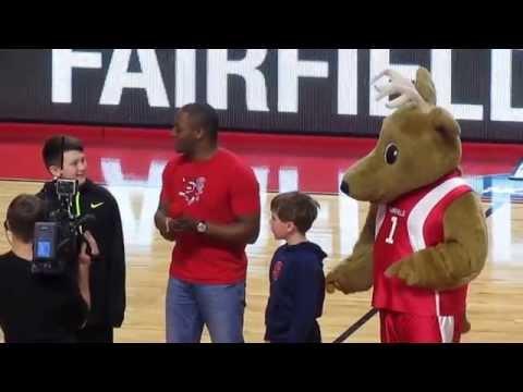 Karaoke Contest - Saint Peter's vs Fairfield Men's Basketball Game - February 21, 2015