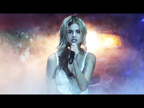 Selena Gomez Lip Sync? BTS, American Music Awards 2017 Recap