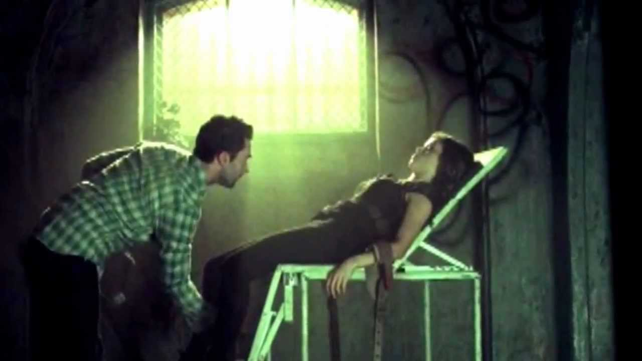 Episode 1 Review American Horror Story Asylum - YouTube Jenna Dewan American Horror Story Scene