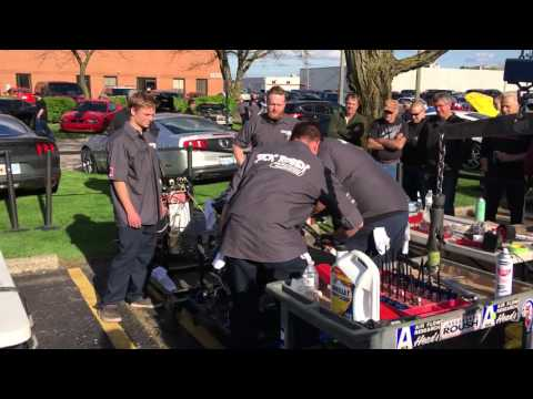 Ford 351 Windsor assembly demonstration in 30' at Roush