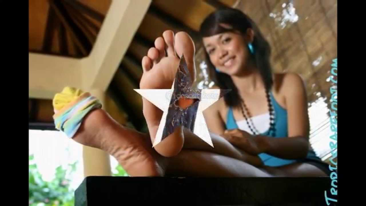 Footjob Girls