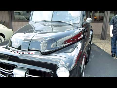 1951 Fargo Pick-up Black - Export Dodge Pick-up - Made in Canada