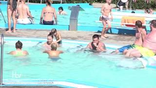 Tropické dny je nejlépe trávit ve vodě thumbnail