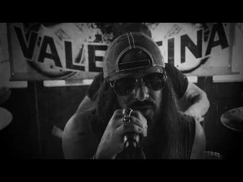 Kickin Valentina - Turns Me On (Official Music Video)