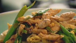 拉姆齊上菜 完美蛋炒雞肉河粉 egg fried rice noodles with chicken gordon ramsay