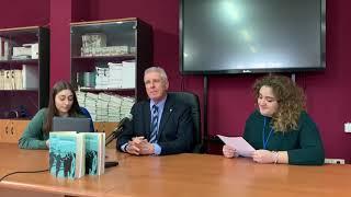 In occasione dell'incontro di franco perlasca i ragazzi lo intervistano per il loro telegiornale