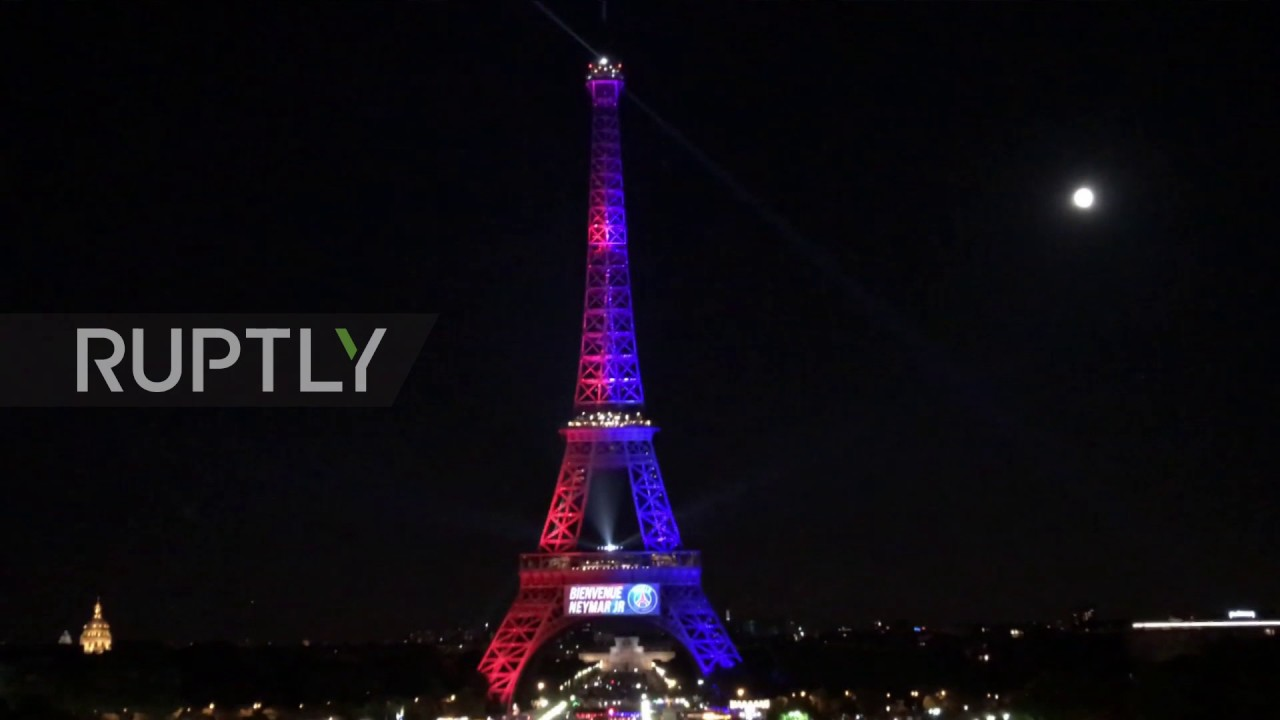 France Neymar S Name Lit Up On Eiffel Tower As Brazilian Forward Joins Paris Saint Germain Youtube