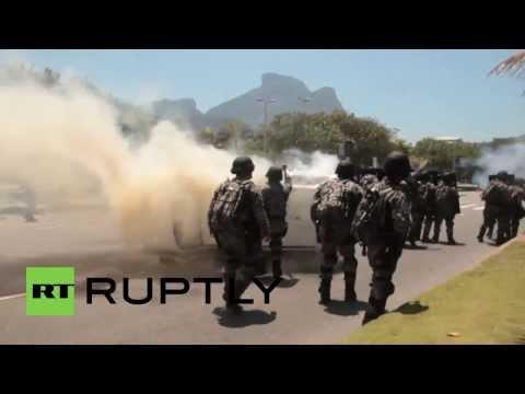 Brazil: Massive protest in Rio de Janeiro against oil auction