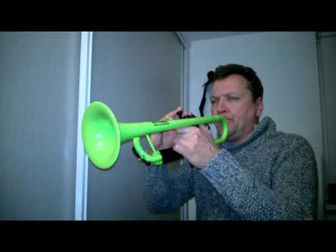 Star Wars Imperial March played on Thomann plastic trumpet