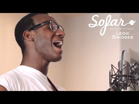 Leon Bridges - Lisa Sawyer | Sofar Dallas - Fort Worth