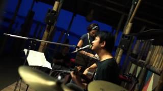 2016/7/22 Live at 葉山Oasis Saigenji vo,gt 南條レオ perc スミレディ...