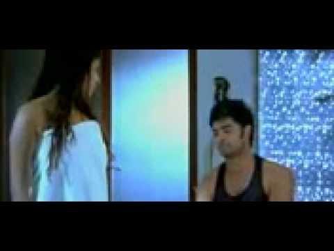 Sandhya hot bed scene | Doovi