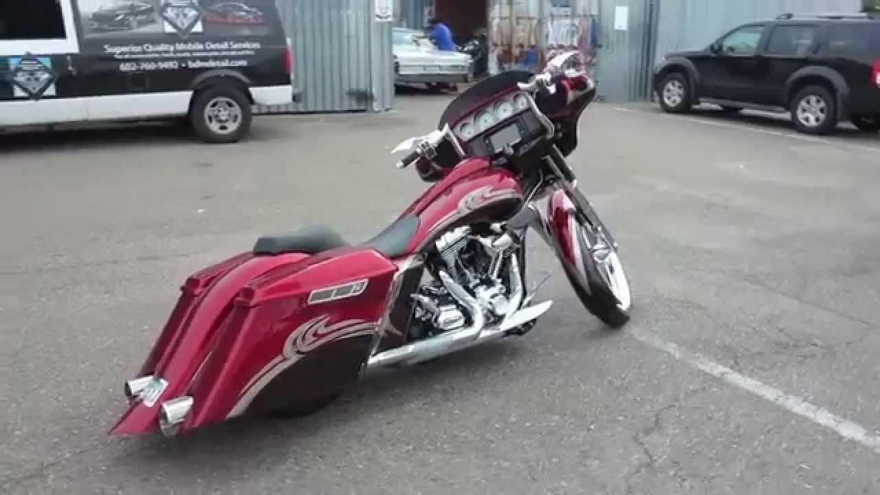 Custom 2014 Harley Davidson Street Glide