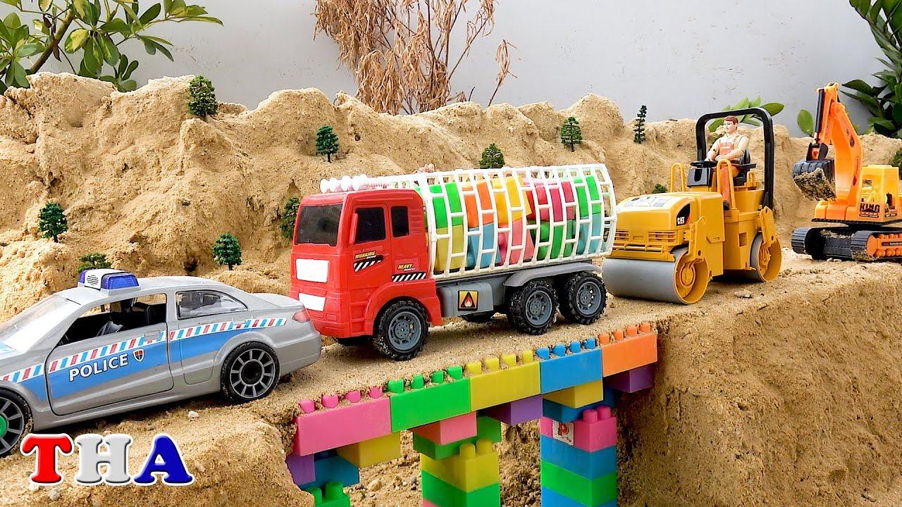 รถของเล่นก่อสร้างทำสะพาน รถแม็คโคร รถบดถนน รถตำรวจ