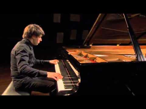 Vitaly Pisarenko plays Ravel - Alborada del gracioso