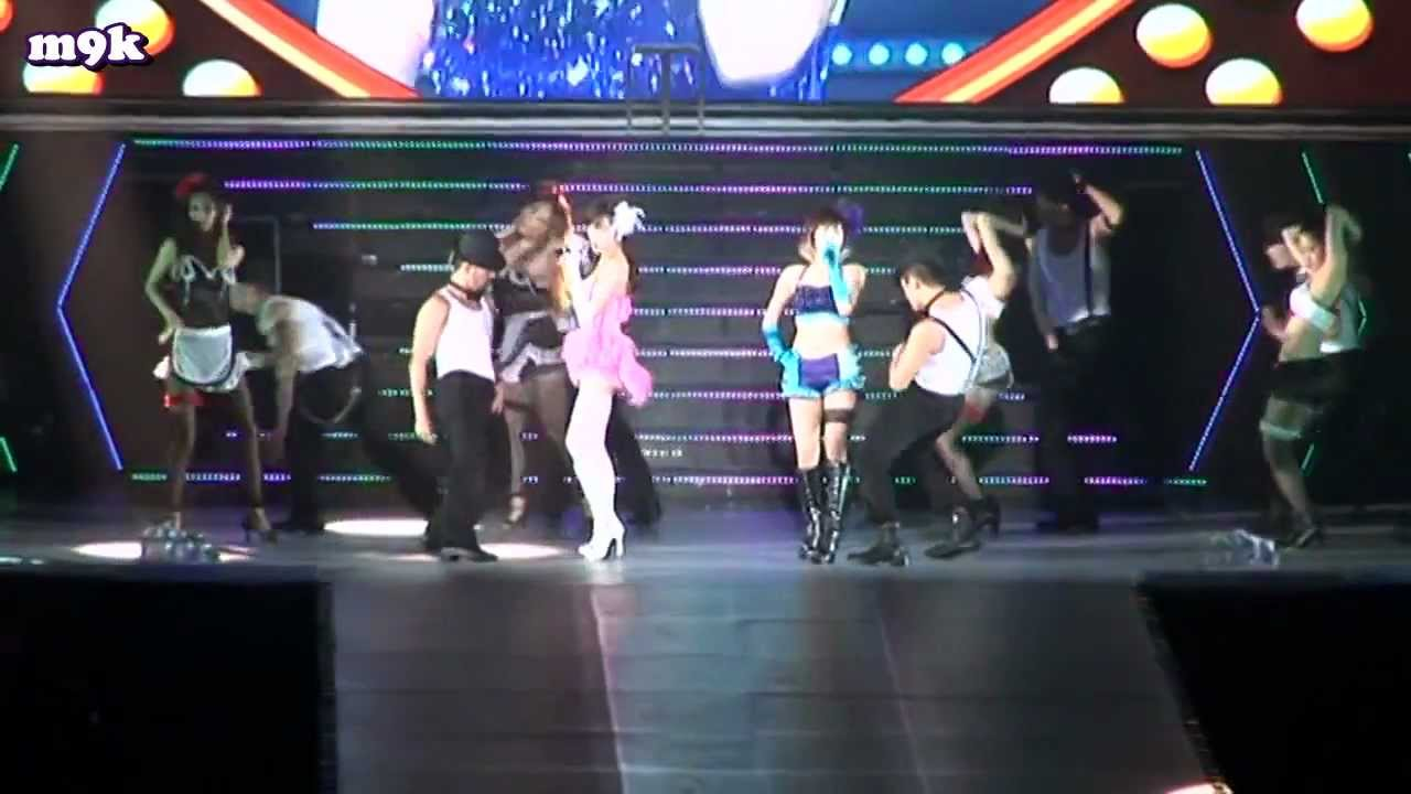 [eng sub] 2011 Girls' Generation Concert Tour - Making Film (BTS) part 2/3 [HD]