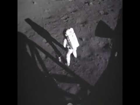 Человек на луне саундтрек