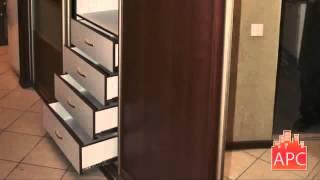 видео Интерьер прихожей со шкафом-купе