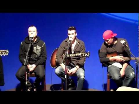 Theory of a Deadman - The Bitch Came Back Live Acoustic