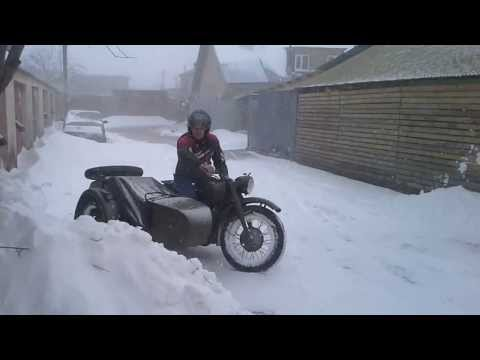 Ural M72 on snow (Mogosoaia - 2014)
