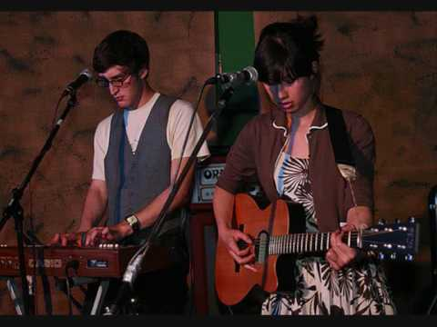 Jeremy Warmsley and Emmy the Great - The Boat Song (live)