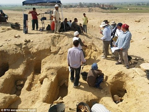 Egypt Unearthed! 1,500-Year-Old Desert Necropolis Is The Largest Ever Found!