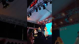 HIVI! Bumi Dan Bulan LIVE At  AVES 2019 Universitas Airlangga Surabaya