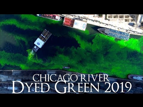 Jake and Woody - A cool video of turning the river green in Chicago for St Patty's Day