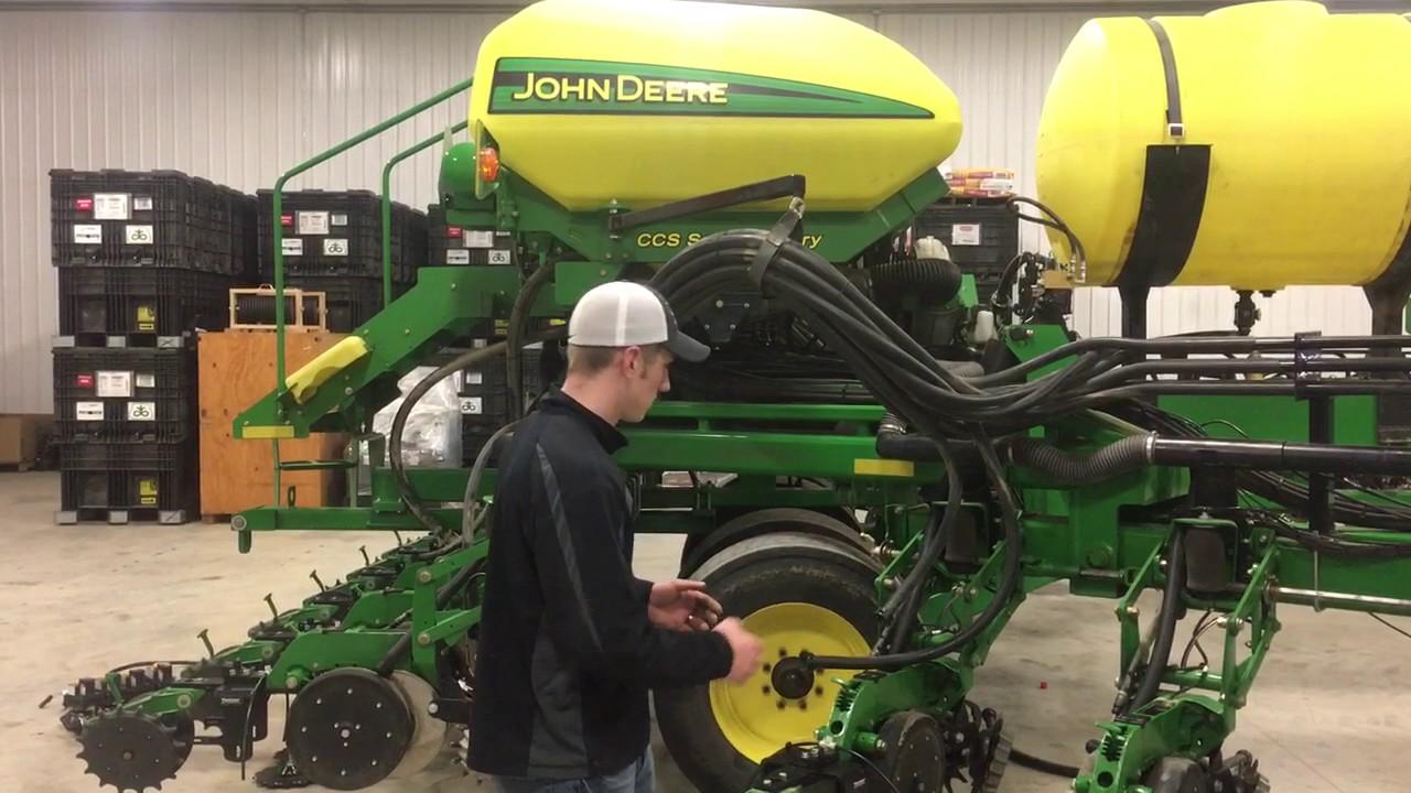 Fennig Equipment Db 90 2x2x2 Planter Fertilizer Install Db90 Youtube