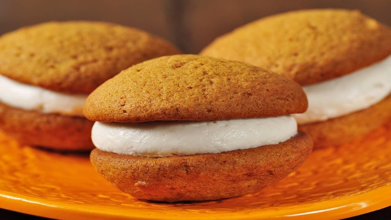 Pumpkin Whoopie Pies Recipe & Video
