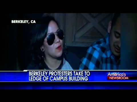 Protesters at Berkeley Take to Ledge of Campus Building