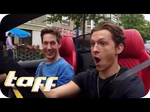 SPIDERMAN hat ANGST vor SPINNEN? Tom Holland bei Stars in Cars | taff | ProSieben