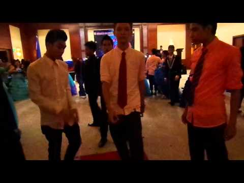 oppa gangnam style - University Of Southern Philippines Foundation (III-Patience)