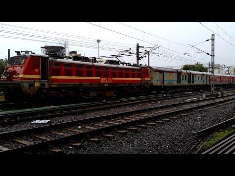 First LHB Avatar 22935 Bandra Terminus Palitana SF Express