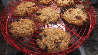 How To Make Healthy Oat Breakfast Cookies | Uk Dietitian Nichola Whitehead