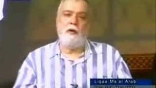 Ahmadiyya - من هو علاّم القلوب, أنتم أم الله؟